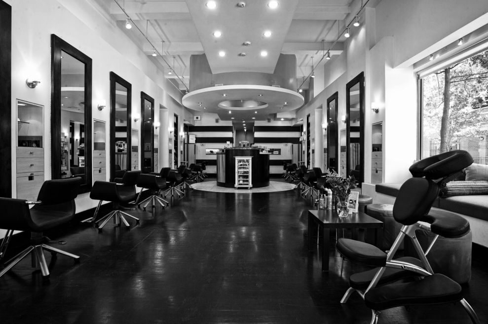 Lovella Salon