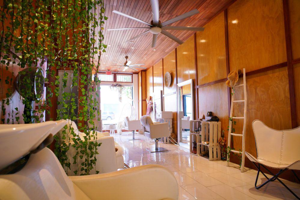 Haircoven Salon