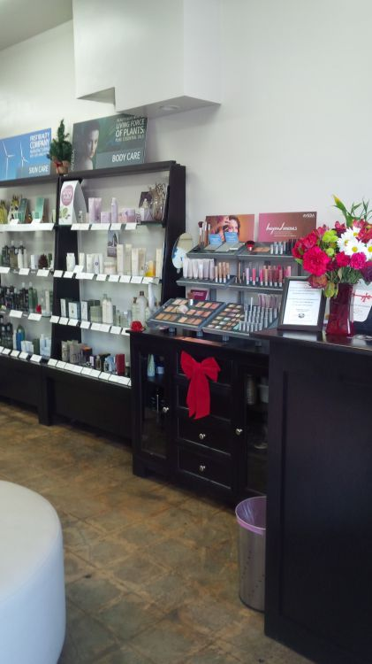 Knox Salon