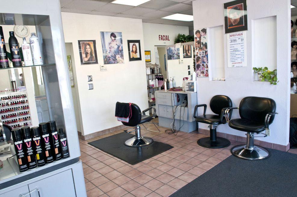 Lynn's Hair Salon