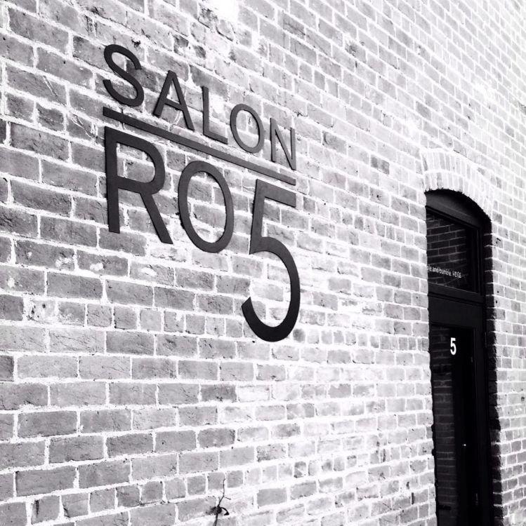 SALON RO5