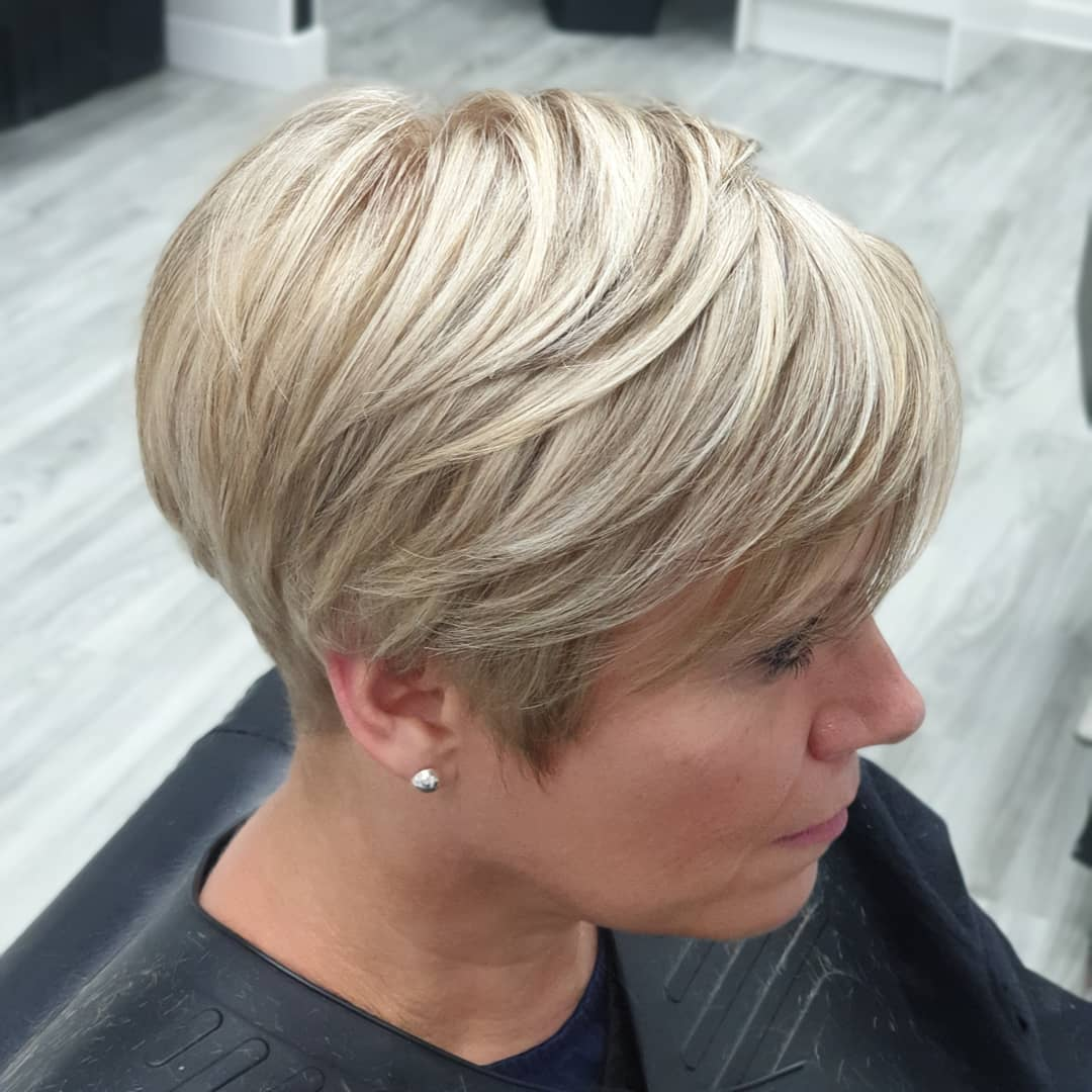 35 Short Blonde Hairstyles And New Trends In 2020